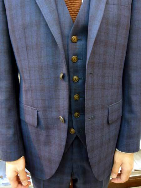 スーツ_a0110103_21411881.jpg