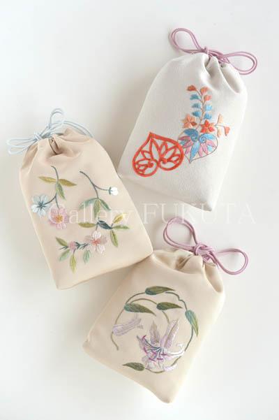 「銀線細工と日本刺繍」展開催中です。_c0161127_11213519.jpg