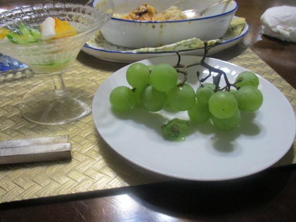 Rちゃんから葡萄、ポートランドを戴いた&キノコのグラタン_a0279743_15205089.jpg