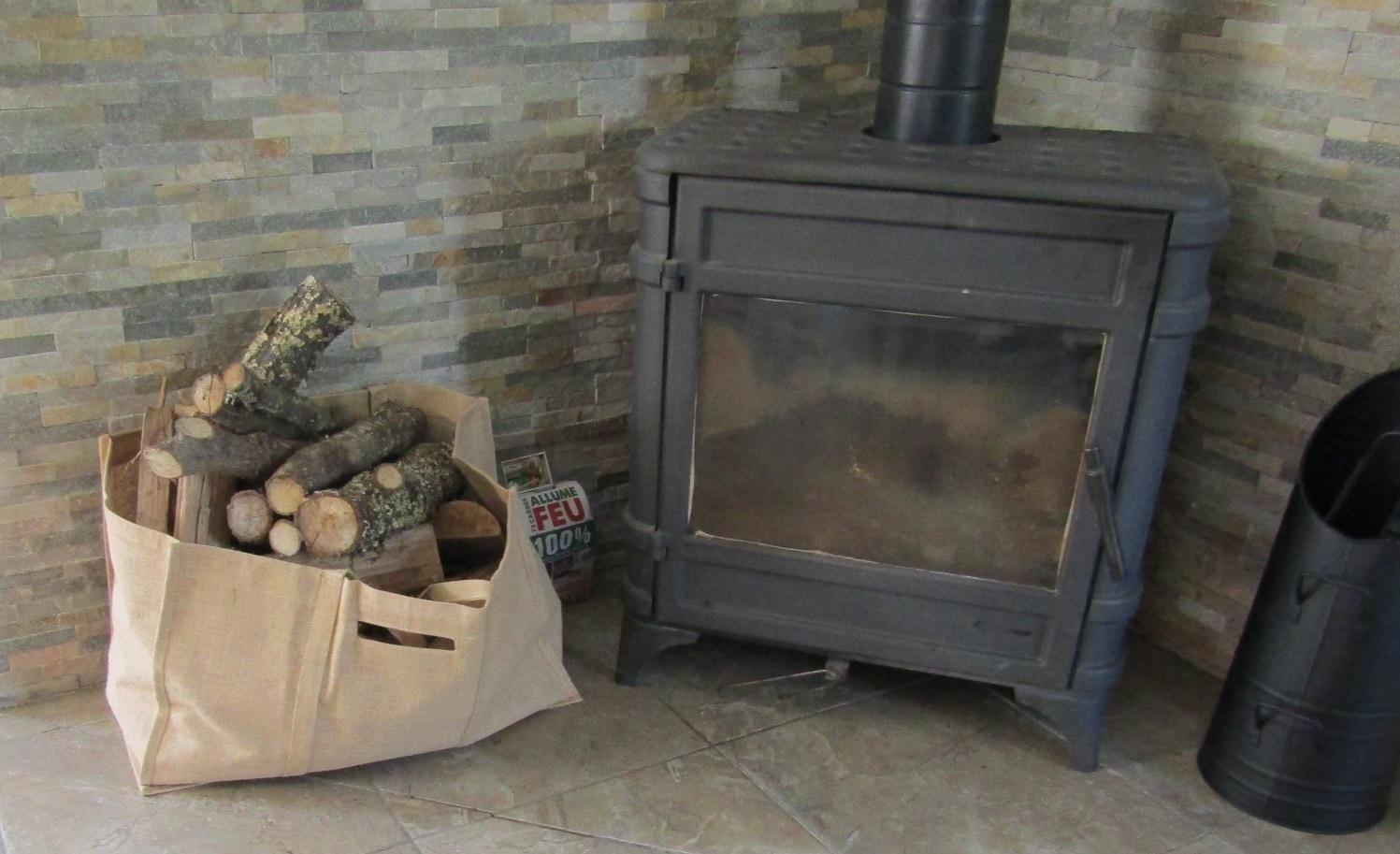 初体験です、暖炉です。_b0287748_02432031.jpg