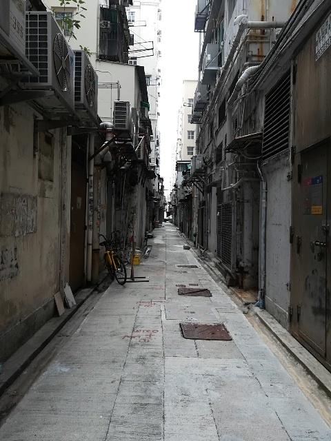 Leslie Cheung Graffiti 周辺散策_b0248150_06514918.jpg