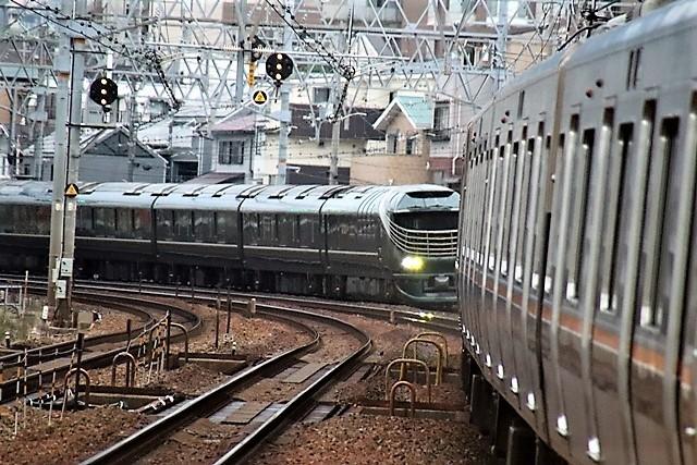 藤田八束の鉄道写真@瑞風の残念な写真をご紹介・・・せっかく瑞風をさくら夙川でまったのに_d0181492_23532689.jpg