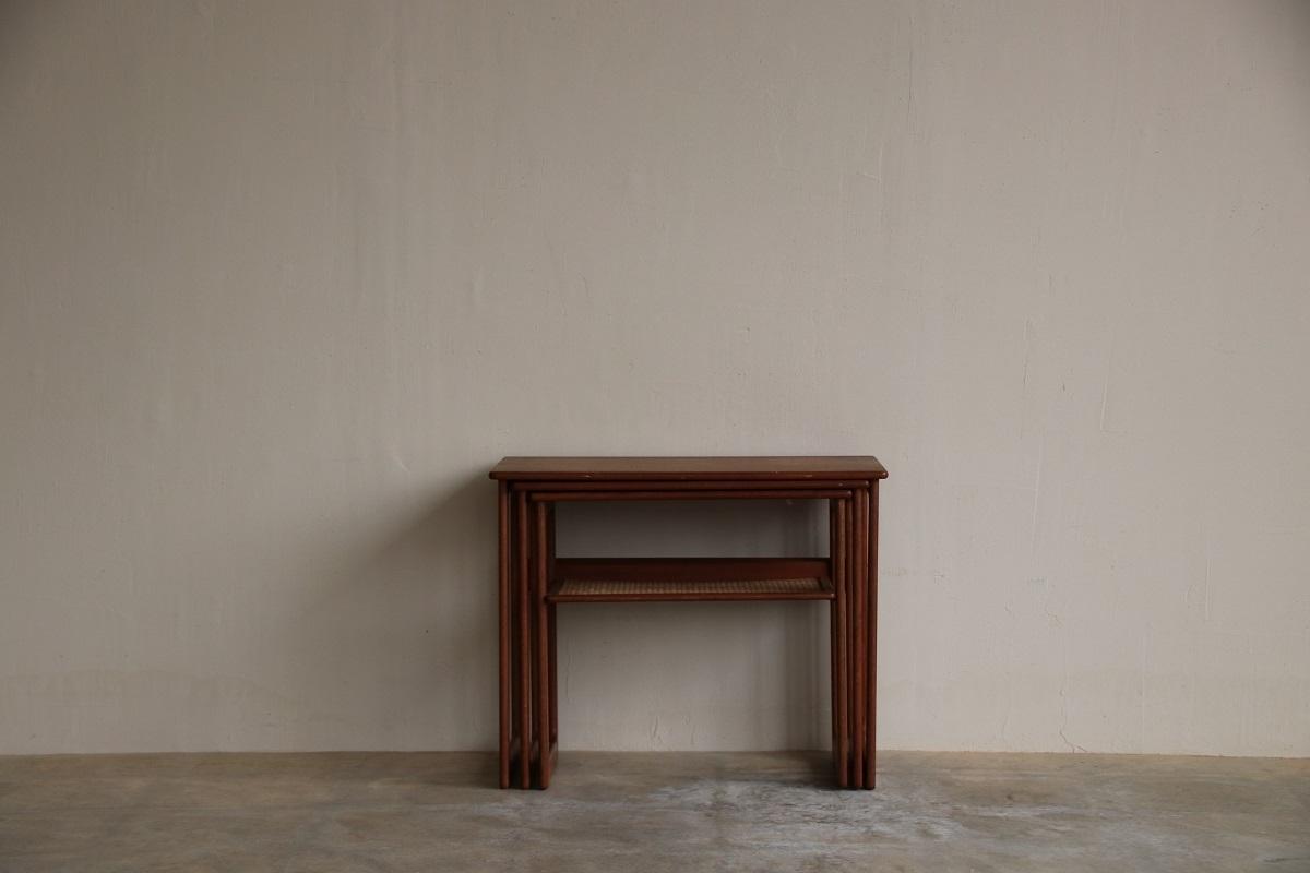 『Johannes Andersen Teak Nest Table』_c0211307_23022349.jpg