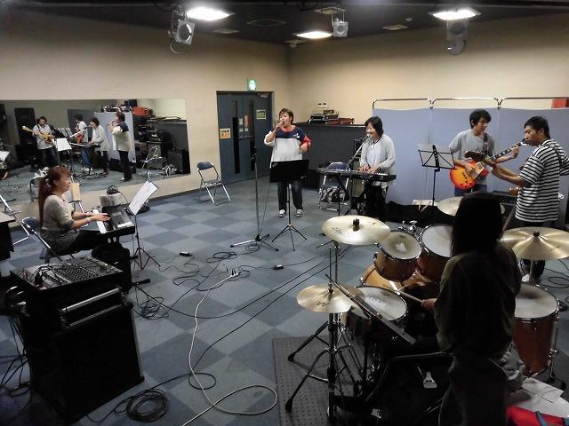 11月3日(土・祝)は、バンド演奏を楽しむ「平成30年 小池としあき後援会総会」_f0141310_07333992.jpg