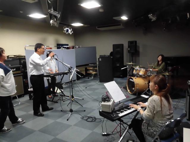 11月3日(土・祝)は、バンド演奏を楽しむ「平成30年 小池としあき後援会総会」_f0141310_07343165.jpg