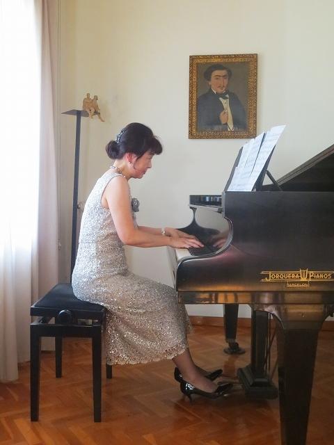 モンポウ財団で上原由紀音さんのピアノを聞く_b0064411_07070691.jpg