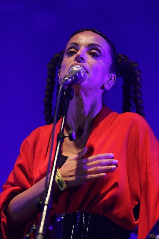 Fiesta des Suds 2018 (11) - Day 3 : Siska with Strings Quartet_d0010432_00530004.jpg