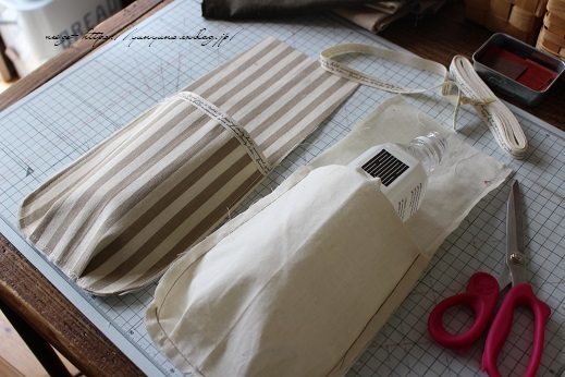 【デコレクションズ】制作中のバッグとハンドメイドにお勧めなリボンテープ♪_f0023333_19495810.jpg