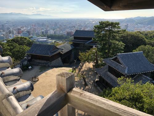 松山城_e0292546_07294996.jpg