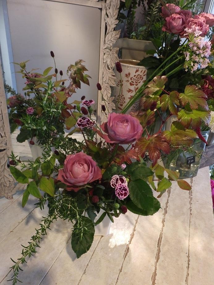 オークリーフ花の教室(甘艸さんと大草さんの作品)_f0049672_17350409.jpg