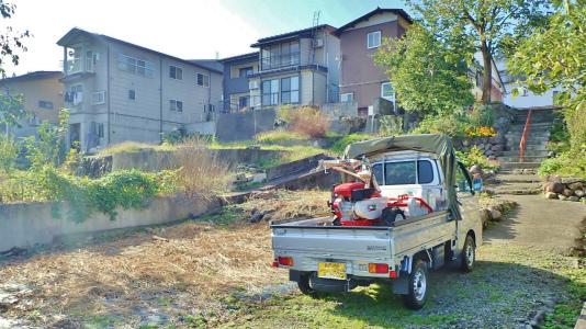 駐車場は今年最後の草刈り作業をしました_c0336902_21294003.jpg