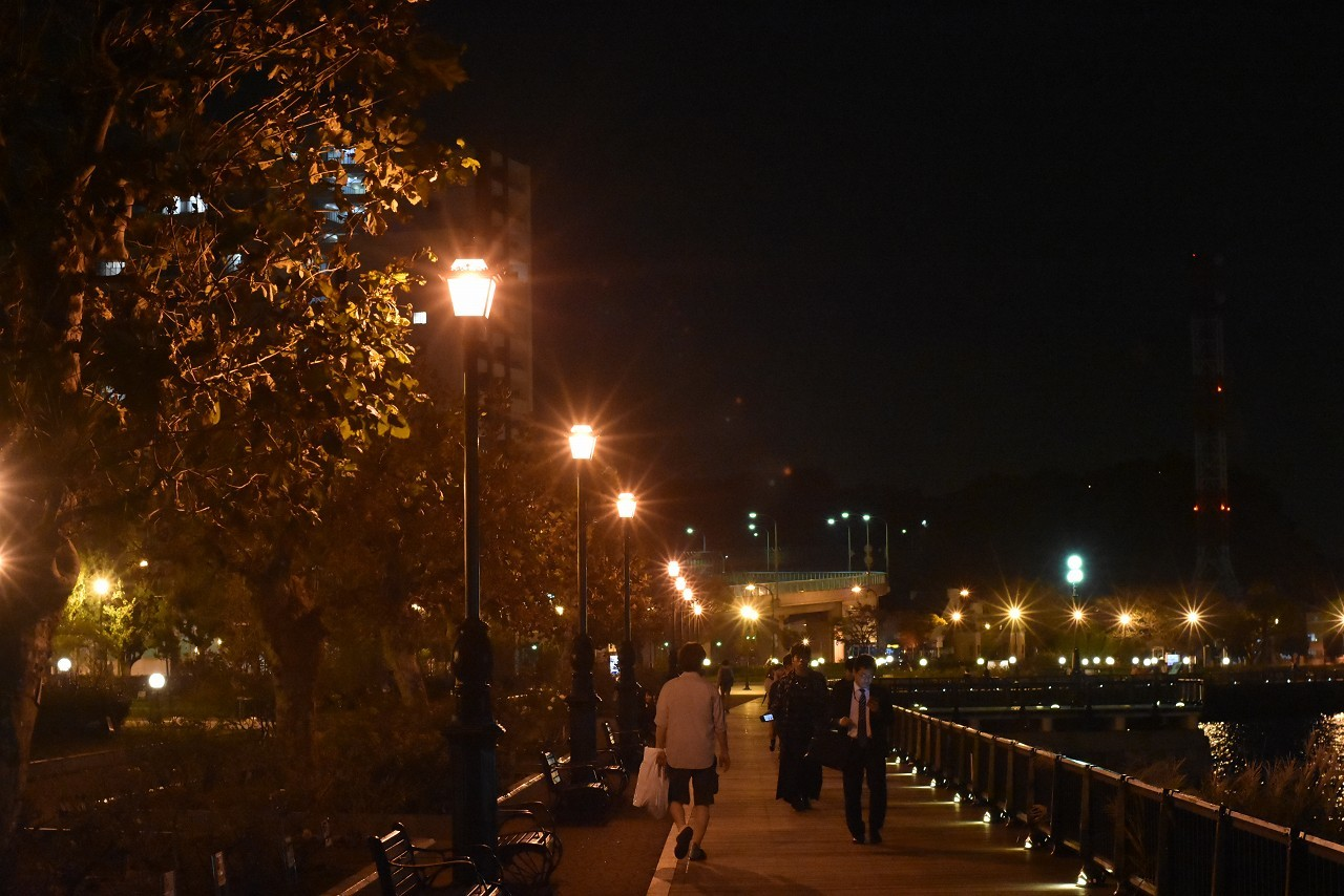 ヴェルニー公園 オレンジの光と_d0065116_20213292.jpg