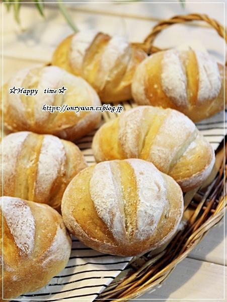 カニ釜飯おにぎり弁当とパン焼き・ミニミルクブレッド♪_f0348032_18020300.jpg