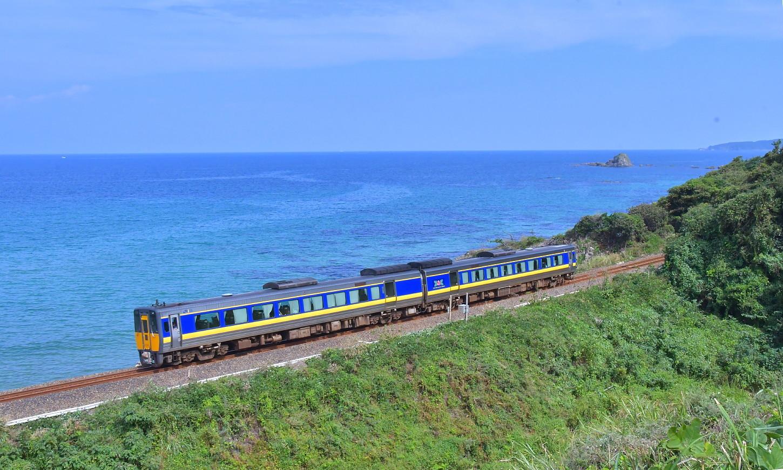 山陰迂回貨物列車_a0251146_00105002.jpg