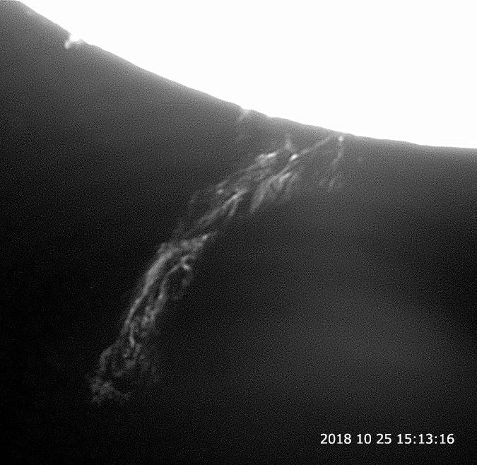 10月25日の太陽_e0174091_17005979.jpg