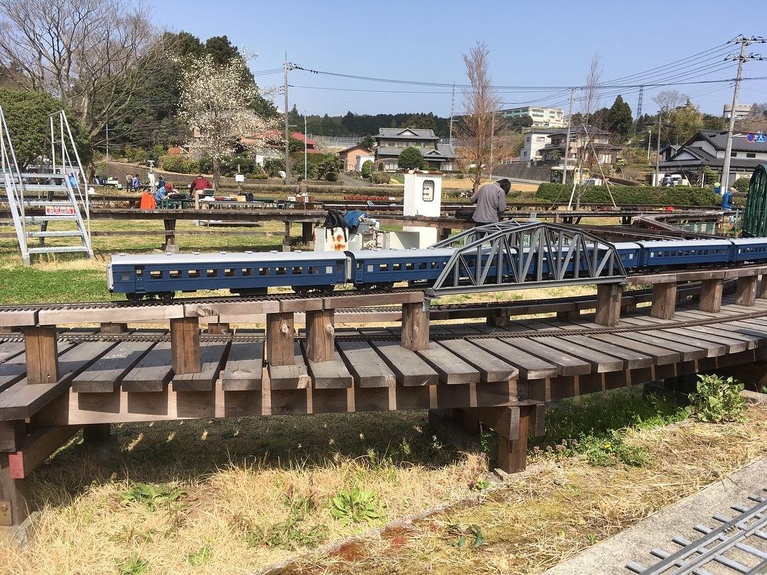 裾野市にある鉄道模型王国『日本庭園鉄道』!_d0367998_15592567.jpg