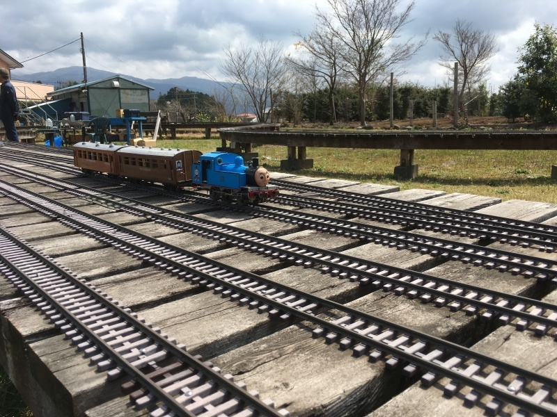 裾野市にある鉄道模型王国『日本庭園鉄道』!_d0367998_16002452.jpg