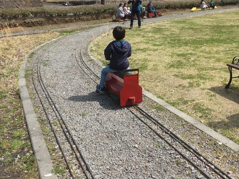 裾野市にある鉄道模型王国『日本庭園鉄道』!_d0367998_16025780.jpg