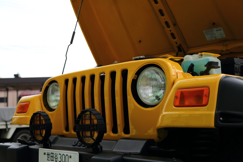 車検完了のソーラーイエローとご納車準備進行中のフレームレッド_f0105425_17553437.jpg