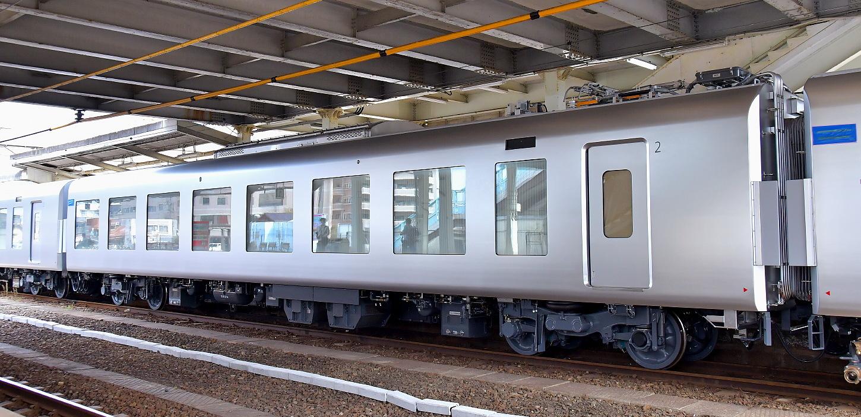 西武新型特急車第一編成_a0251146_18391449.jpg