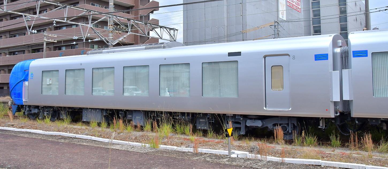 西武新型特急車第一編成_a0251146_18403306.jpg