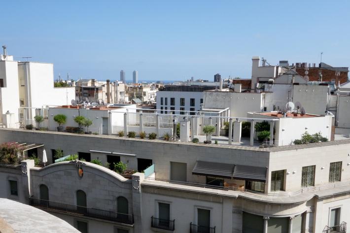 カサ・ミラ Casa Mila, La Pedrera アントニ・ガウディ Antoni Gaudi 2018年9月 バルセロナの旅(3)_f0117059_21293546.jpg