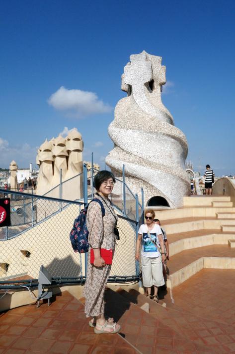 カサ・ミラ Casa Mila, La Pedrera アントニ・ガウディ Antoni Gaudi 2018年9月 バルセロナの旅(3)_f0117059_21300209.jpg