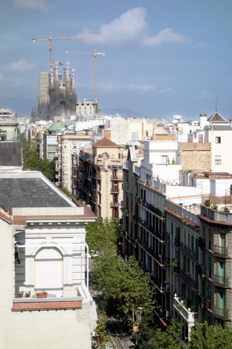 カサ・ミラ Casa Mila, La Pedrera アントニ・ガウディ Antoni Gaudi 2018年9月 バルセロナの旅(3)_f0117059_21300925.jpg