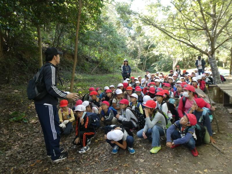 東光小学校4年生遠足「里山体験」サポート_c0108460_16401573.jpg