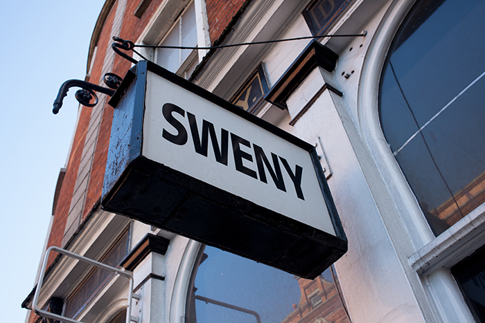 Sweny\'s Pharmacy_e0076761_00133489.jpg