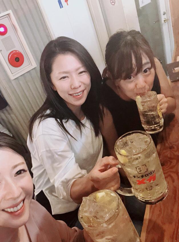銀座オシャレワイン女子会からの串カツタナカに行ったのは私たちです。 やはり、そーなるよねw_c0151965_01112612.jpg