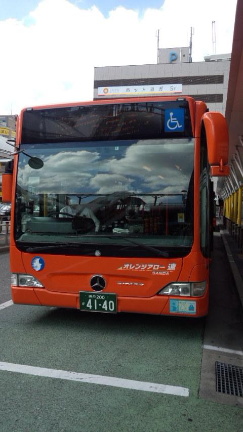 連接バス_b0018469_1210271.jpg