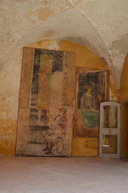 イタリアの最も美しい村のお城の布_b0346275_07214115.jpg