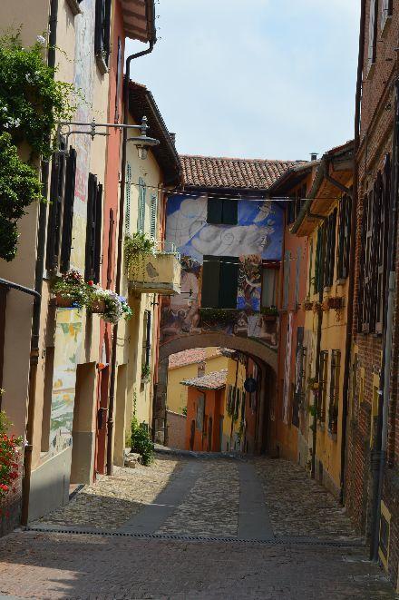 イタリアの最も美しい村のお城の布_b0346275_07370713.jpg