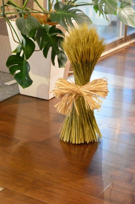 秋のコンポジション&小麦のパニエ_a0252678_12472448.jpg
