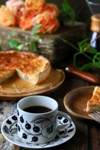キッシュとコーヒーの朝ごはん_c0366722_07082438.jpeg