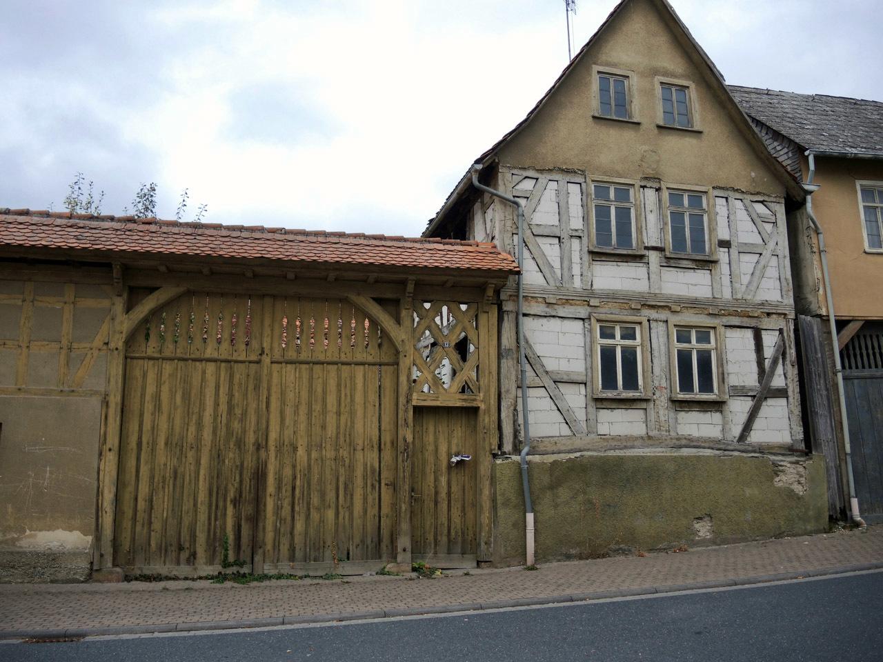 Butzbach の看板_e0175918_21054267.jpg