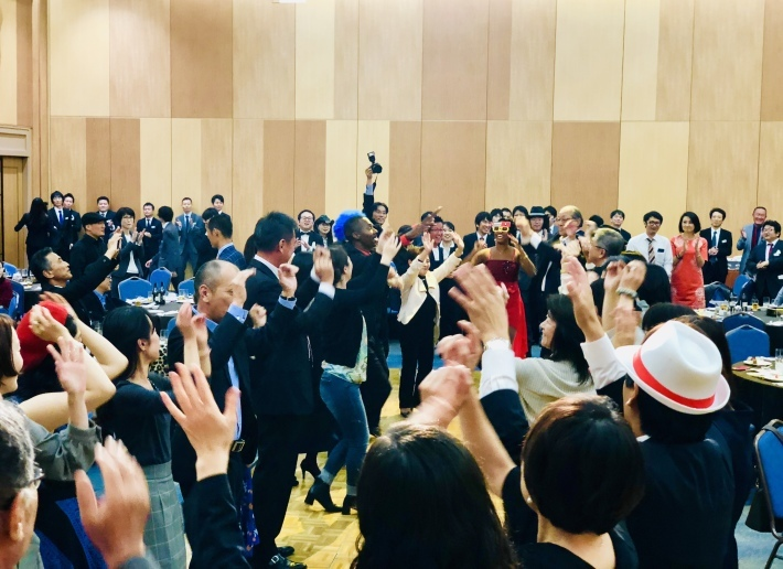 10/18(金)広島県福山公演は満席御礼立ち見に _a0103940_03024572.jpeg