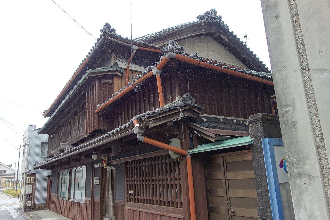 宇治山田駅前の真和真珠_c0112559_10014099.jpg