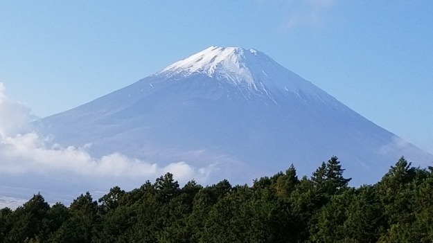 富士山が微笑んでくれました。_e0119092_10443805.jpg