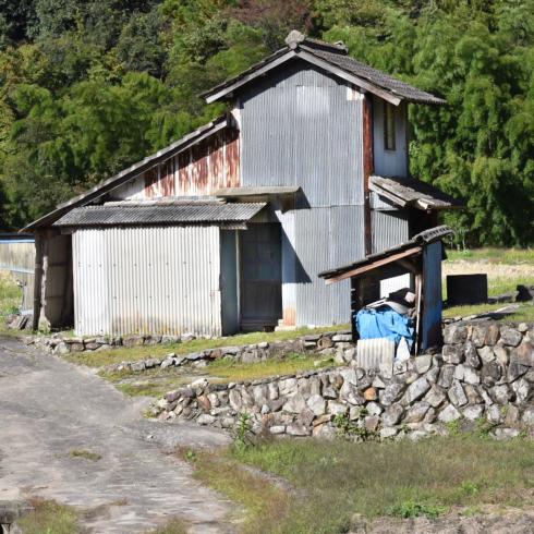 県北ドライブで小屋発見_f0099102_20101007.jpg