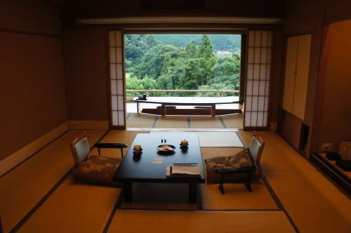 【鳥取 島根 山口の旅⑫ 大谷山荘】_f0215714_16260516.jpg