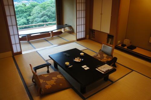 【鳥取 島根 山口の旅⑫ 大谷山荘】_f0215714_16262257.jpg