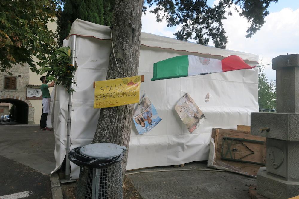 ミケランジェロ生まれた村の栗祭り、トスカーナ_f0234936_6234721.jpg