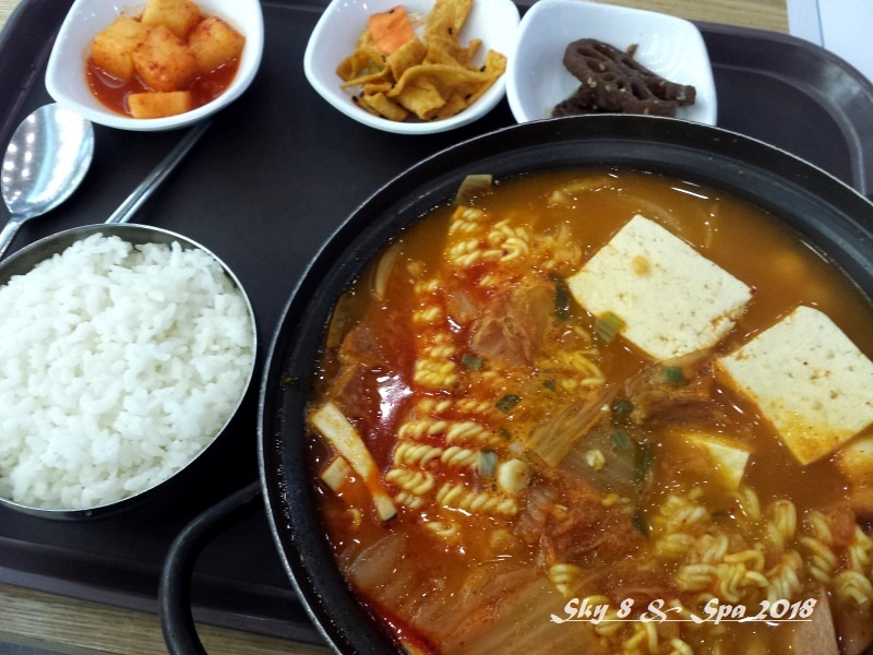 ◆ 機内食、その57「ソウル」へ(2018年3月)_d0316868_08211447.jpg