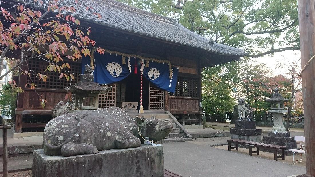 朝の神社参拝ランは佳..._b0098228_09280531.jpg