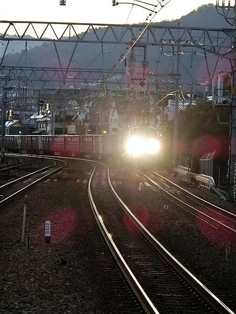 藤田八束の鉄道写真@貨物列車を追いかけて写真を撮りました・・・貨物列車を激写_d0181492_22042136.jpg