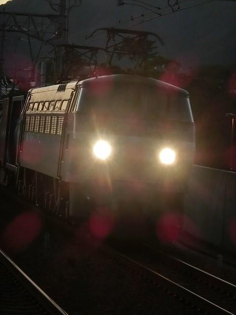 藤田八束の鉄道写真@今年出会った素敵な鉄道写真、貨物列車の写真を紹介・・・貨物列車、リゾート列車、四季島など_d0181492_22044604.jpg