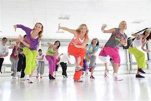 『ダンスエアロビクス』で楽しくシェイプアップ_b0179402_11395119.jpg