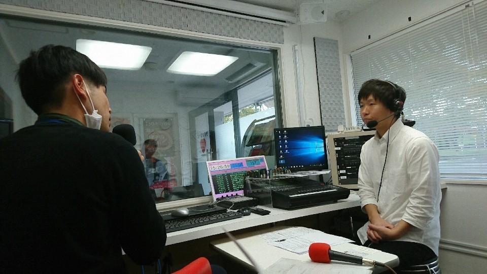 突撃生ラジオ_b0237229_15283217.jpg